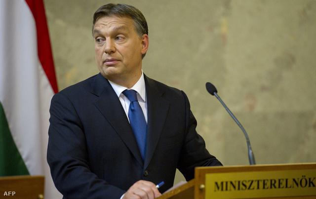 Orbán Viktor júliusi sajtótájékoztatója az IMF delegációval folytatott egyeztetés után.