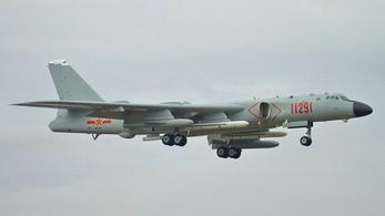 Egyszerre 18 kínai harci gép sértette meg a tajvani légteret