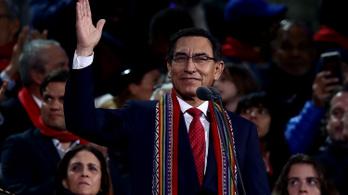Nem sikerült megbuktatni a korrupcióval vádolt perui elnököt