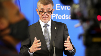 Csehország nem számolt ezzel a helyzettel, a miniszterelnök szerint a szükségállapotot sem lehet kizárni