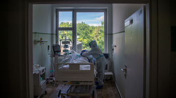 Egészségügyi dolgozókat vezényelnek az Országos Korányi Pulmonológiai Intézetbe