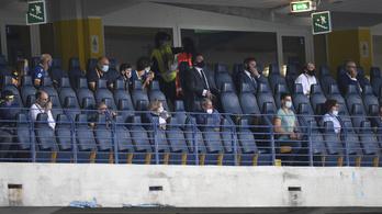 Olaszországban ezentúl ezer-ezer nézőt beengednek a Serie A meccseire
