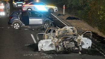 Súlyos autóbaleset a 33-as főúton, egy ember meghalt