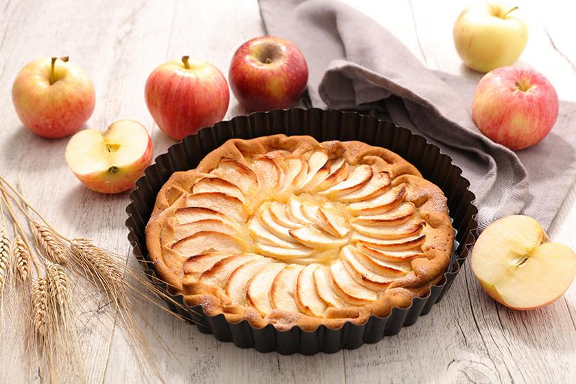 Mutatós és nagyon finom francia almatorta fényes tetővel – Hogy marad ropogós a süti tésztája?