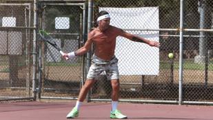 A félmeztelenül teniszező Gavin Rossdale teste még mindig irigylésre méltó