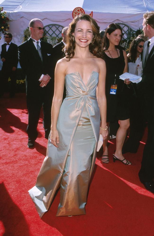 A sorozat másik női mellékszereplőjét, Kristin Davist nem is jelölték, de annyira megtetszett nekünk a ruhája, hogy úgy gondoltuk, megmutatjuk