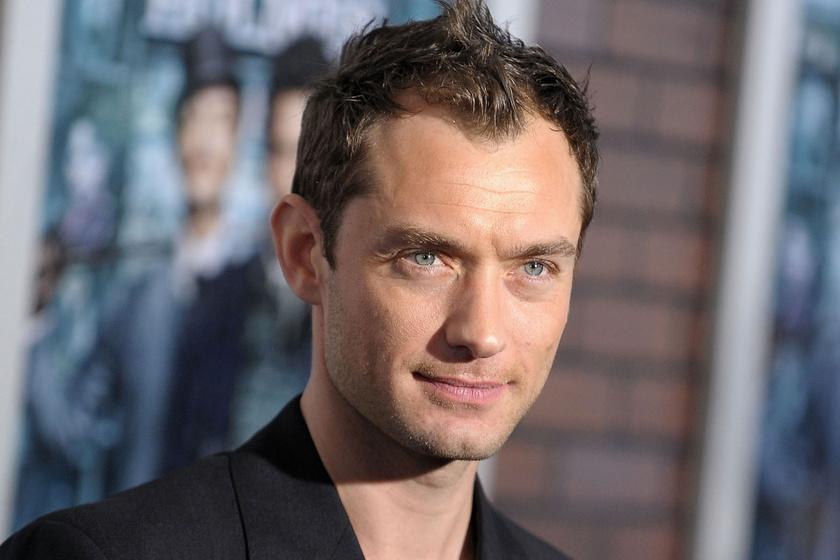 Jude Law hosszú szakállat növesztett: így tutira elmennél mellette az utcán