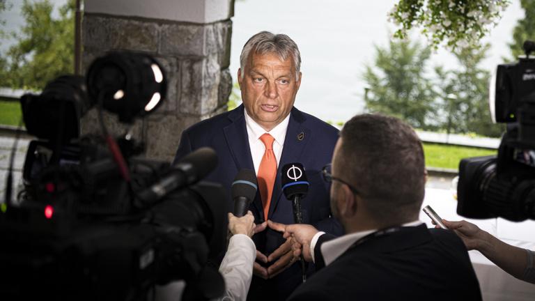 Orbán: Bedarálták és népfrontos Soros-kolbászba töltötték be az ellenzéket