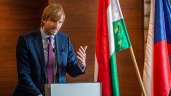 Lemondott a cseh egészségügyi miniszter