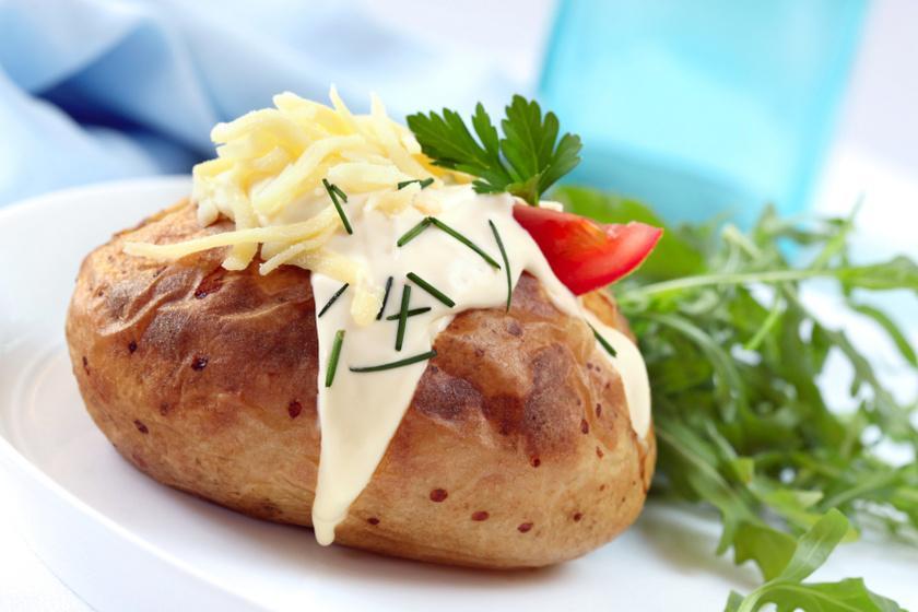 sütőben sült krumpli krémsajttal recept
