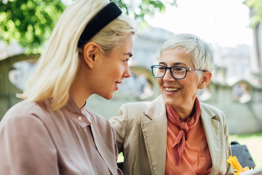 Miért jó egy barátságban a nagy korkülönbség? Rendkívül pozitív hatással vannak egymásra a felek