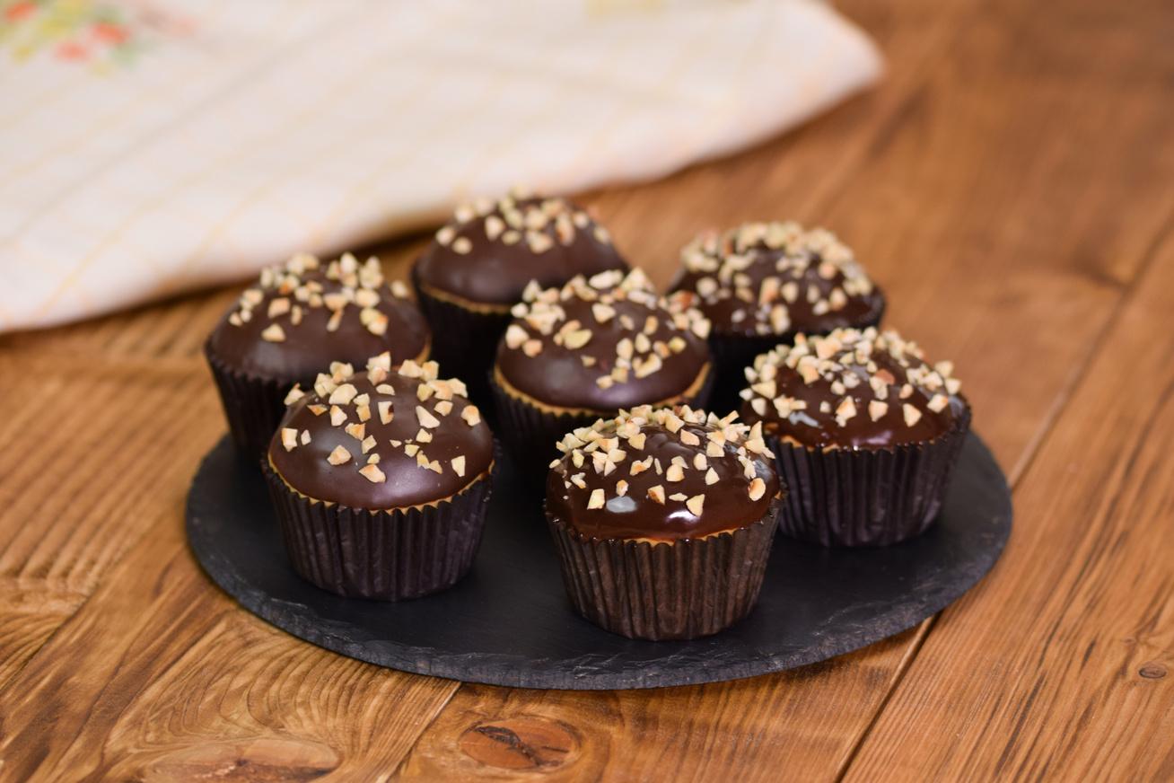 csokis-mogyoros-muffin