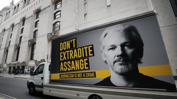 Százhatvan közéleti személyiség követeli Julian Assange szabadon bocsátását