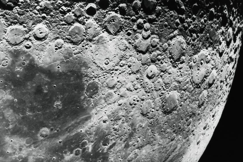 A Holdon helyezték végső nyugalomra a tudóst: felesége szerette volna így
