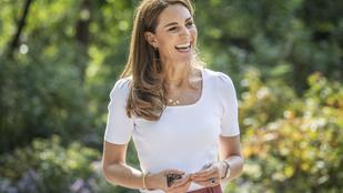 Aki nagyon figyelt, észrevehetett valamit Katalin hercegné nyakláncán