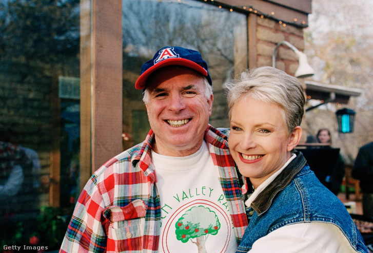 John és Cindy McCain