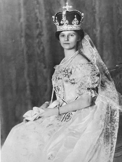 Ő volt az utolsó magyar királyné: ki látható a képen?