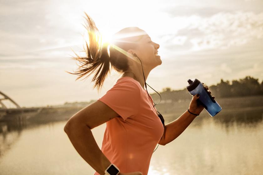 Miért fogyaszt hatékonyabban, ha reggel futsz? 3 jó ok, hogy hosszú távon kipróbáld