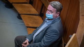 Felmentette KGBélát a kémkedés vádja alól a bíróság