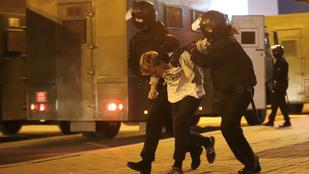 Lövések dördültek csütörtökre virradóra a minszki tüntetésen