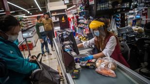 A magyar családok többsége két hétre spájzolt be a koronavírus miatt