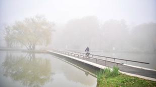 Eső, lehűlés és köd érkezik