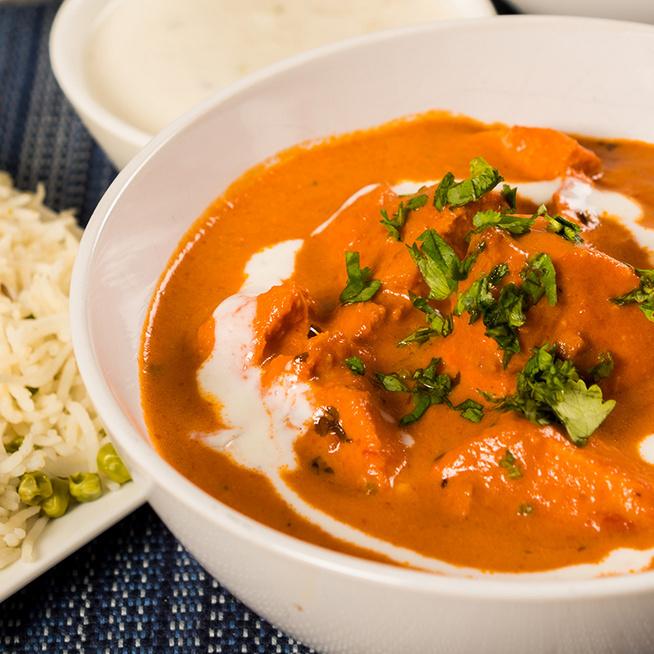 Gazdag, fűszeres indiai csirkecurry: rengeteg szaftja lesz