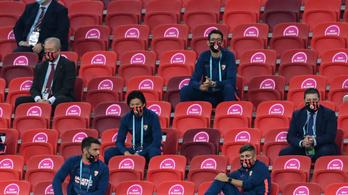 Szuperkupa-meccs: elsőre 16 szurkolónál mértek lázat a Puskás Arénában