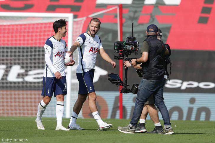A Tottenham játék nélkül jutott tovább a Ligakupában