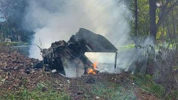 Családi ház udvarába zuhant egy szerb vadászgép a boszniai határ közelében