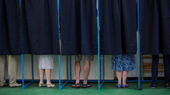 Nem kerül karanténba, aki a vasárnapi választásokra megy Romániába