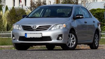 Használtteszt: Toyota Corolla Sedan 1,33 Dual VVT-i – 2011.