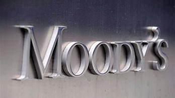 Felminősítéssel kecsegteti Magyarországot a Moody's