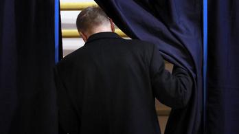Romániai választás: elmarad a részvétel a magyarlakta térségekben az országos átlaghoz képest