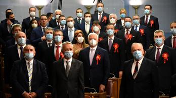 A Balkánon tovább durvul a járvány, Montenegróban kijárási tilalmat vezetnek be