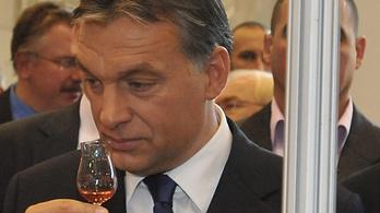 Orbán Viktor alkotmányos forradalomról beszélt