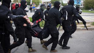 Nem csitulnak az indulatok Minszkben