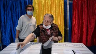 Romániában a jobbközép pártok előretörését jelzi az exit poll