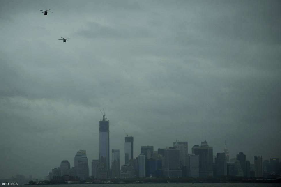 Hajnal hasad a jórészt áram nélkül maradt Manhattanben. Bloomberg polgármester szerint már vissza tér az élet a rendes kerékvágásba.