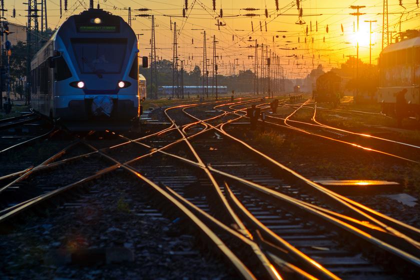 Olcsóbb lesz a vonatozás az ország egy részén – Ezeket a városokat lehet majd megközelíteni így