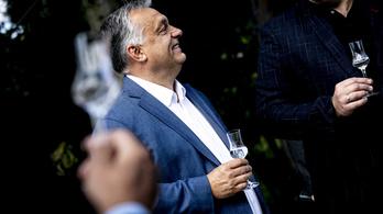 Orbán Viktor Becsehelyre látogatott, csak a polgármesternek elfelejtettek szólni