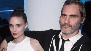 Rooney Mara és Joaquin Phoenix kisfia tényleg megszületett, Rivernek keresztelték