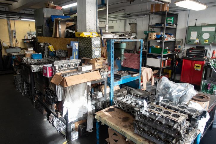A Makrai gépműhelyben havonta egy ezres Ecoboost biztosan megfordul. A hiba mindig ugyanaz