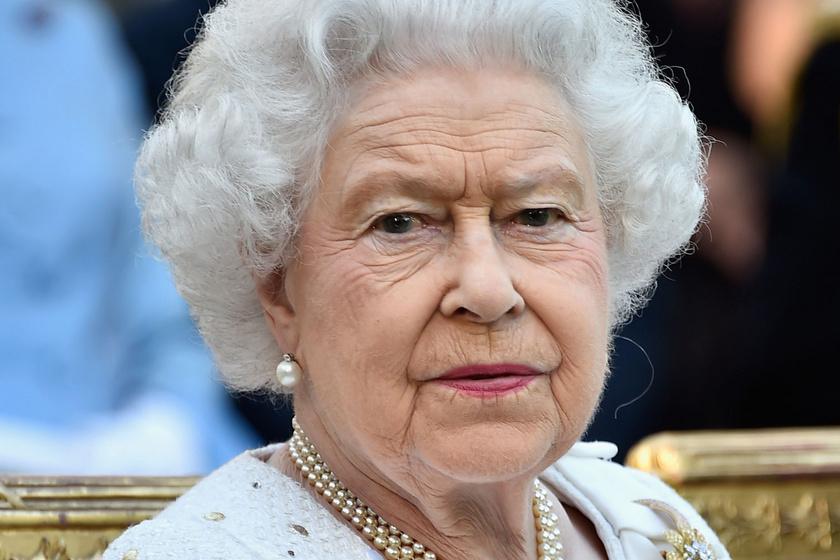 Erzsébet királynő tajtékzik dühében: így tették tönkre az idei karácsonyát
