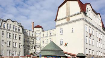 Tűz volt egy budapesti általános iskolában