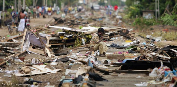Túlélők a 2004-es Srí Lanka-icunami után