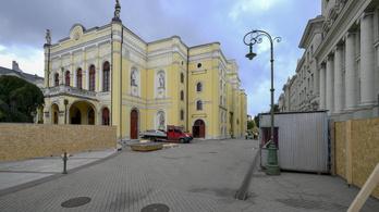 Felújítják a debreceni Csokonai Színházat