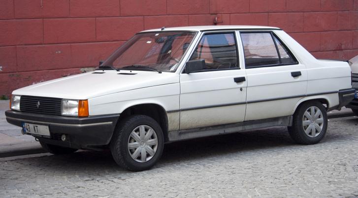 1992 Renault 9 Broadway (TR)