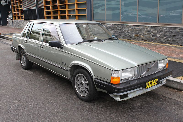 1984 Volvo 760 GLE sedan (27858621516)