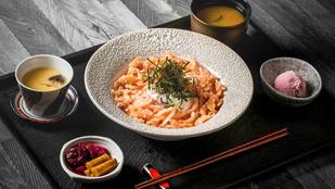 Jöhet egy gyors spagetti chorizóval, paprikával és zöldfűszerekkel?